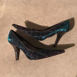 Donald J Pliner Couture Iridescent Heels Size 9